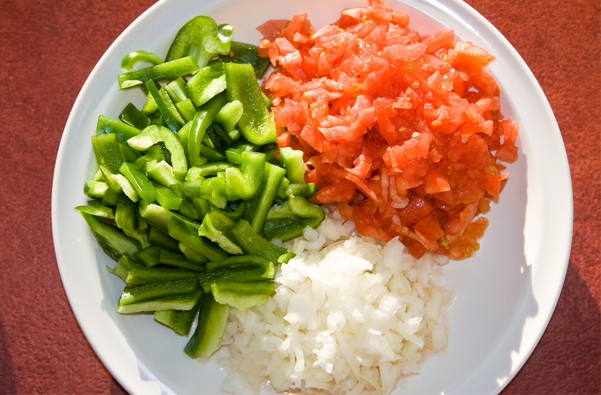 How to freeze tomatoes, onions and green peppers